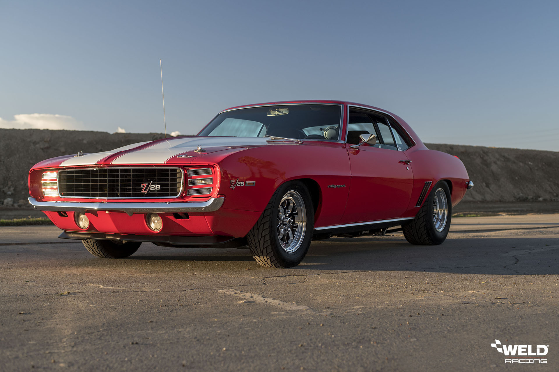 1969 Camaro ZL28 - WELD S76 / Vektor Forged Wheels